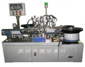 Automatic assembly machine auto-disable syringes